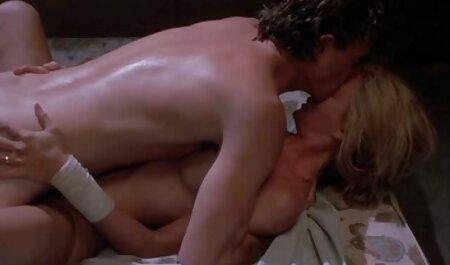 Mlada plavuša uzima masni penis hd porno hentai u usta i maca