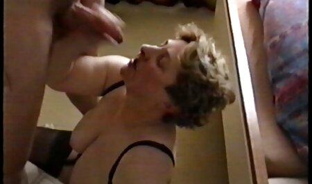 Vrlo mršava Jenna Justine dobiva jebeni zreli očuh hente porno