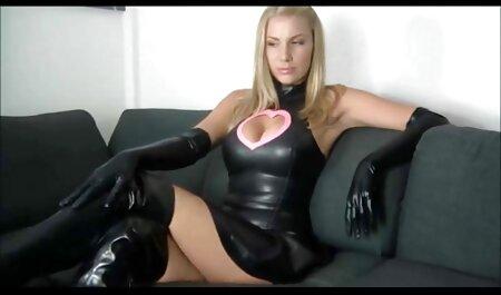 Crvenokosa Jodie Taylor se zajebava u anime porno full analu s crncem