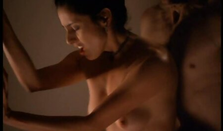 Vrući homoseksualci vole oralni ainime porno seks