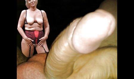 Vitka plavuša Kat Dior porno hentei divlje jebe fotografa u jaslama
