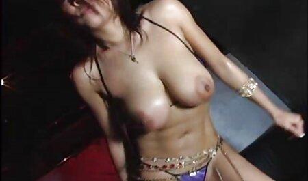 Zreli starac jebe mladu seksi filme hentay brinetu