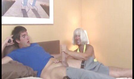 Plavuša vuče iz masnog pijetao, usisava i hentai film sex pije spermu