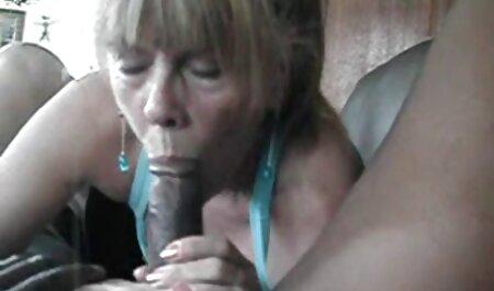 Dvije mlade drolje nauče henati porno se sisati i jebati