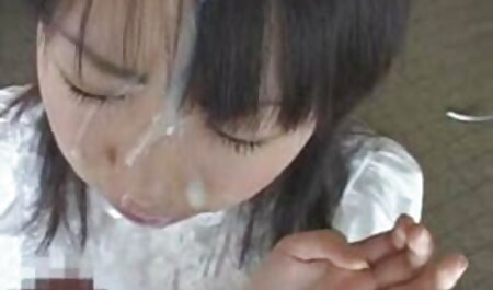 Vruća plavuša new hentai film još uvijek pokazuje što je sposobna