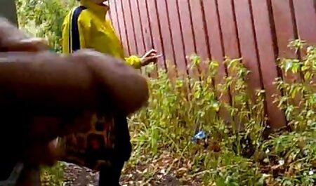 Kuja uzima kameru dok je vrući mužjak jebe, pokazat hantei porno će prijateljima i natjerati ih na zavist