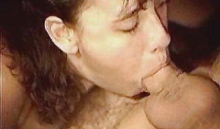 Zrela kuja nakon one pice porno sastanka s razrednicima sisa kurac