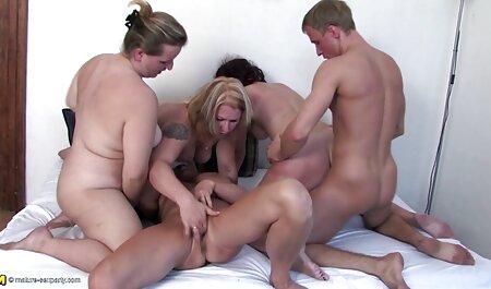 Crvenokosa hentai film free Abby Paradise sisa kurac i jebe analno
